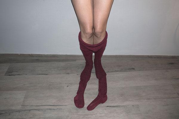 γυναικεία πόδια, καλσόν, self encounter