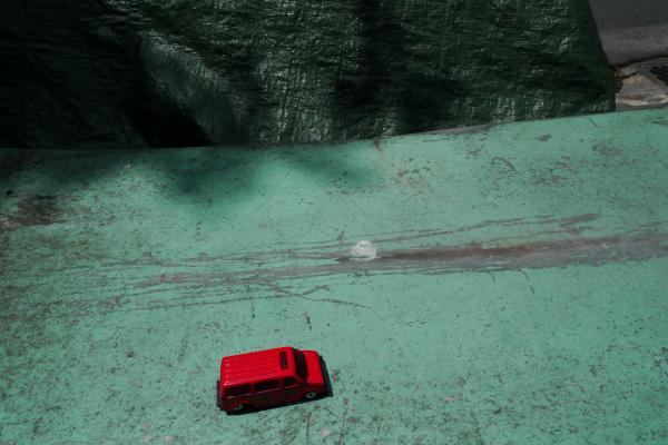 δρόμος, κόκκινο τζιπ