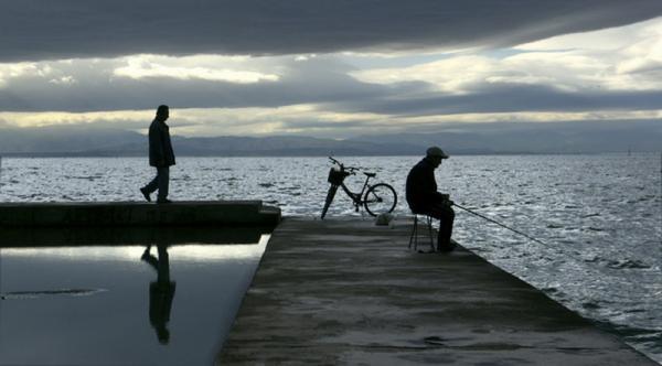 ψαράδες στην παραλία