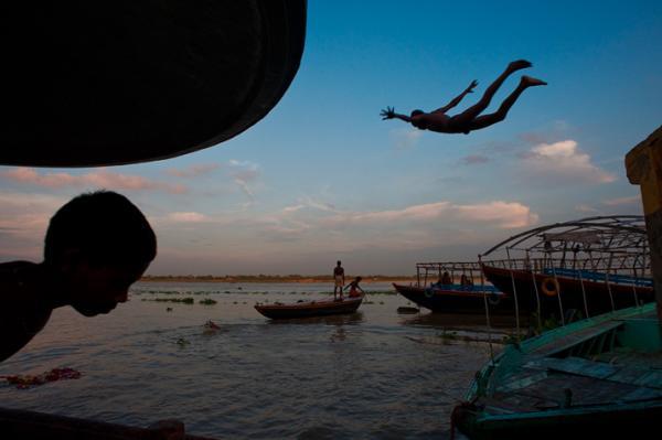 Φωτογραφία: Debarshi Duttagupta (India) - Learning to fly