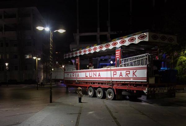 παράξενες μέρες, luna park, παιδί