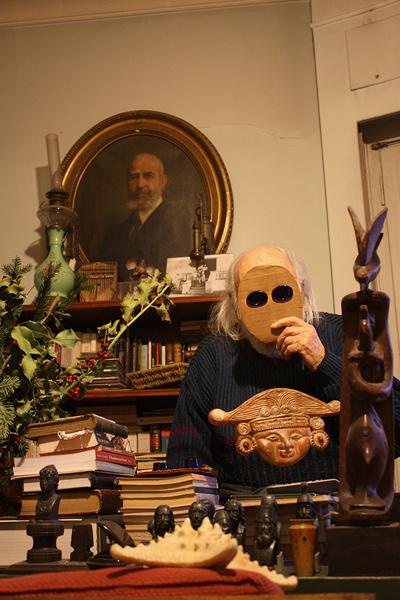 ο ποιητής με μάσκα