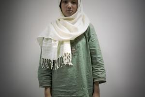 πορτραίτο γυναίκας με μαντήλα