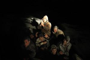 πρόσφυγες σε λέμβο