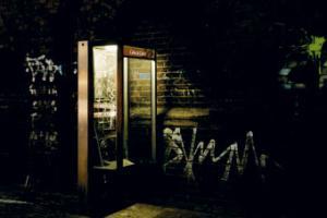 τηλεφωνικός θάλαμος, νυχτερινή φωτογραφία