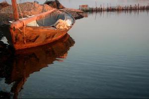 βάρκα, αντανάκλαση σε νερό