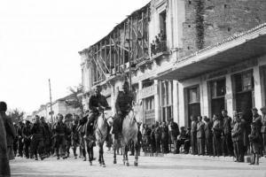 ασπρόμαυρη φωτογραφία αρχείου εθνικής αντίστασης