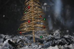 Χριστουγεννιάτικο στολίδι, χριστουγεννιάτικο δέντρο, τζάκι, στάχτες