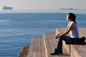 φωτογράφια, νεαρή κοπέλα, θάλασσα, λιμάνι
