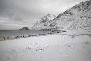 χιονισμένο τοπίο, ουρά ανθρώπων